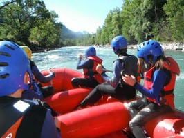 rafting child alps